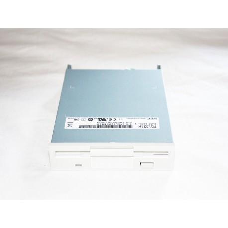 Disquetera adaptada a MSX (frontal blanco)